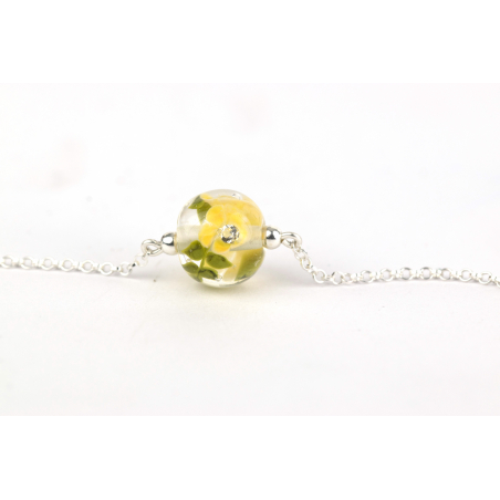 Essential bracelet with buttercup glass flowers
